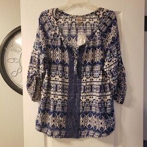 Tops - NWT Vintage Como boho type pattern blouse XL